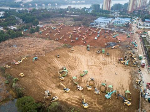 چین برای مقابله با کرونا ۷ روزه بیمارستان میسازد