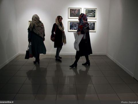 نمایشگاه نقاشی مریم صالحی با نقش تکرارشونده گلونی