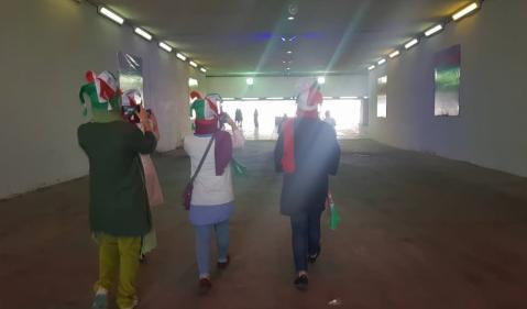 زنان عاقبت به ورزشگاه آزادی رفتند
