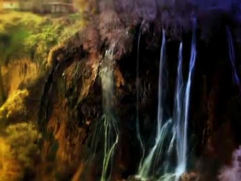 آبشار بیشه در روز آخر پاییز توسط آتلیه هنری طوفان