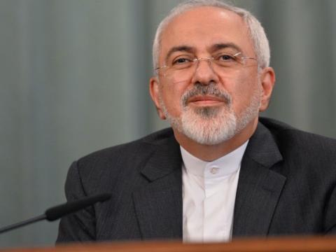 ظریف: امریکا، ایران را با نوکرانش اشتباه گرفته است
