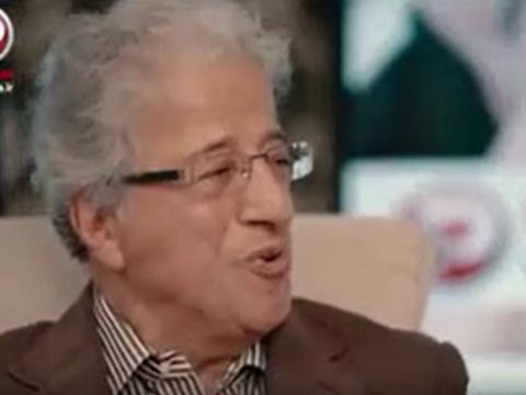 خمسه جواب دهد چرا کسی به شهاب حسینی و بهروز وثوقی خائن نمیگوید